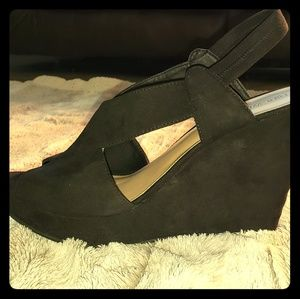 Black suede Nine West Wedges